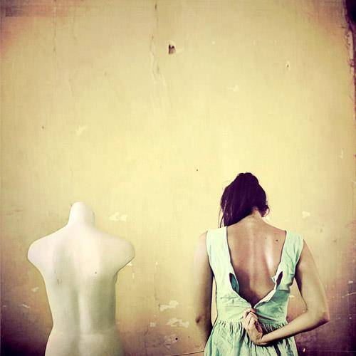 https://www.facebook.com/larazankoulphotography